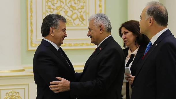 Kryeparlamentari Yildirim viziton Uzbekistanin | TRT  Shqip