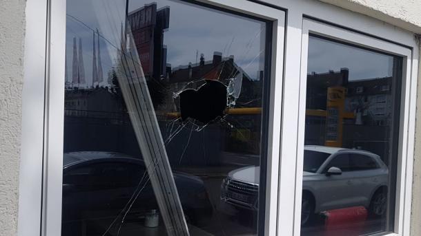 Sulmohen dy xhami në Gjermani   TRT  Shqip