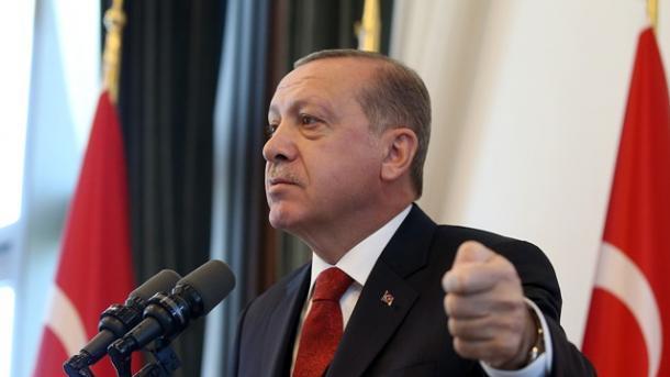 Erdogan: ShBA-të kanë agjentë të tjerë në disa konsullata në Turqi | TRT  Shqip