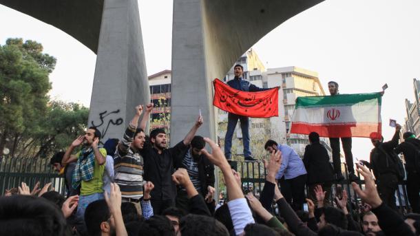 Iran - Trazirat sociale përhapen në qytete të ndryshme të vendit | TRT  Shqip