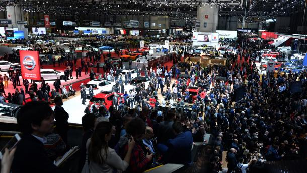 Panairi i automobilistikes në Gjenevë hapi dyert për përfaqësuesit e mediave   TRT  Shqip