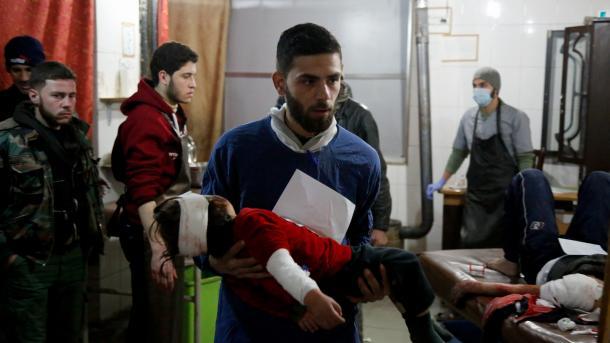 Syrie : 100 civils meurent dans les bombardements d'une zone rebelle