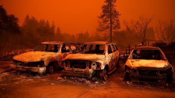 Al menos 42 muertos por los incendios en California — Récord