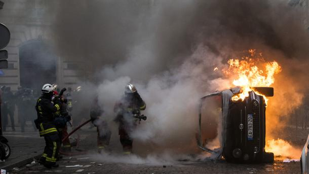 France/Gilets Jaunes: 1723 interpellations et 118 blessés