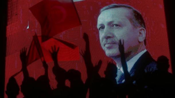 Koment – Tentativa për grusht shteti në Turqi: Ja prova që gozhdon Obamën! | TRT  Shqip