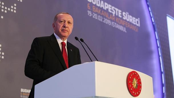 Erdogan: Turqia nuk është në gjendje të përballet vetëm me një valë të re refugjatësh | TRT  Shqip