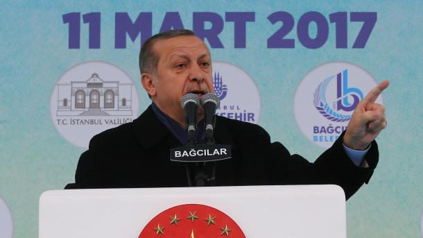 Predsjednik Erdogan o zabrani Holandije rekao da su oni kukavice, ostaci nacizma i fašisti