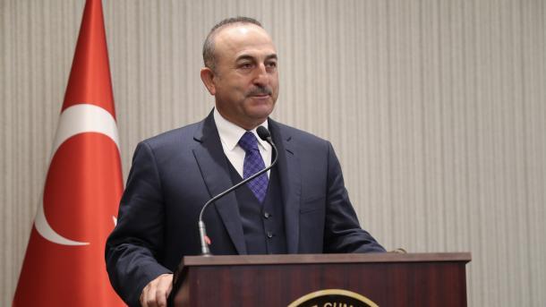Çavushollu: Pastrimi nga terroristët duhet bërë edhe në rajonet e tjera të Sirisë | TRT  Shqip