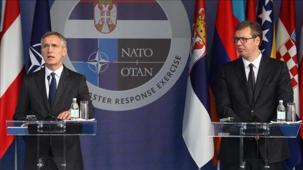Stoltenberg i ofron partneritet në NATO, Vuçiçi është për ruajtjen e neutralitetit ushtarak | TRT  Shqip