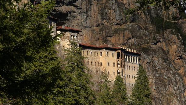 Turizmi në Turqi – Manastiri i Virgjëreshës (Sumela) | TRT  Shqip