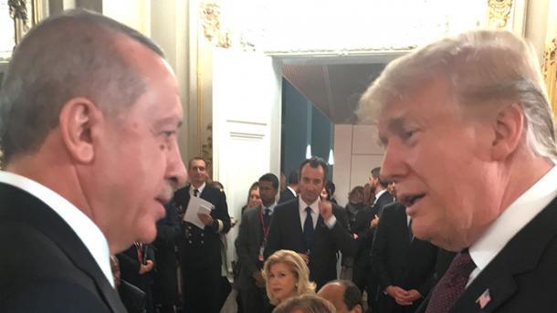 Presidenti Erdogan takohet me liderët botëror në Paris | TRT  Shqip