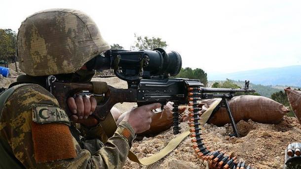 Ushtria turke neutralizoi 2 terroristë në veri të Irakut | TRT  Shqip