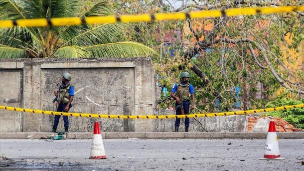 Sri-Lankë – Forcat e sigurisë bastisin një shtëpi, mbeten të vrarë 15 persona | TRT  Shqip