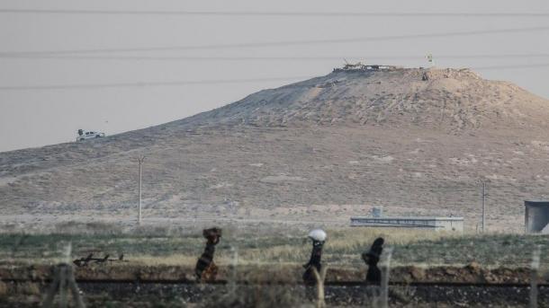 La organización terrorista hizo envío a puntos de observación en Tal Abyad