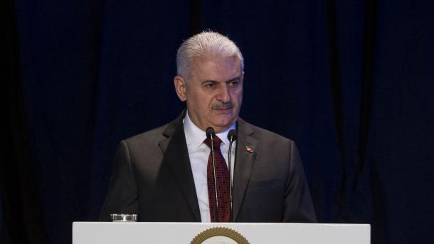 Kryeministri Yildiri: Në operacionin Dega e Ullirit janë neutralizuar mbi 300 terroristë | TRT  Shqip