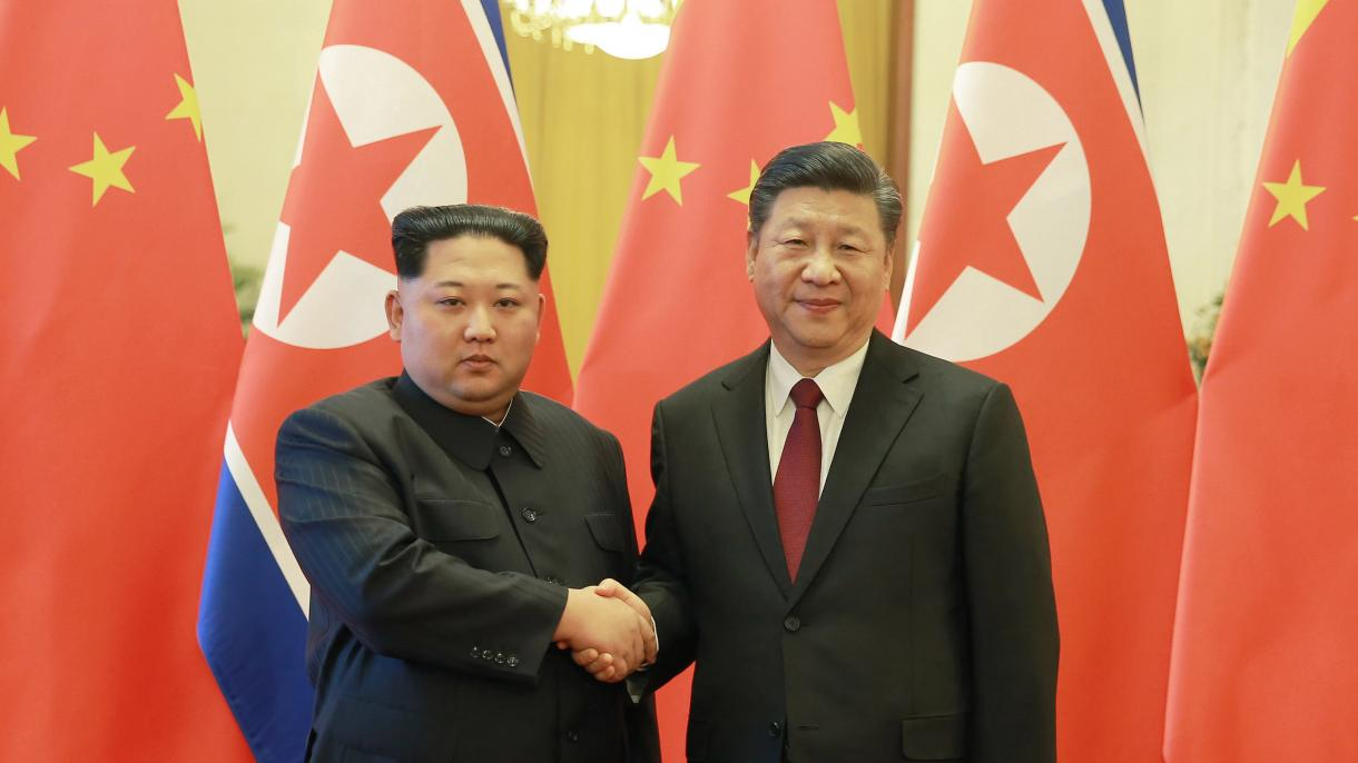 Ким Чен Ынпоздравил СиЦзиньпина спобедой над коронавирусом вКитайской народной республике