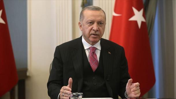 Erdogan: Dhimbja për dëshmorët e Srebrenicës është ende e freskët | TRT  Shqip