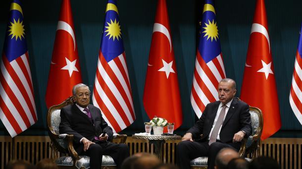 Erdogan: Solidarnost između Turske i Malezije neophodna za jedinstvo islamskog svijeta