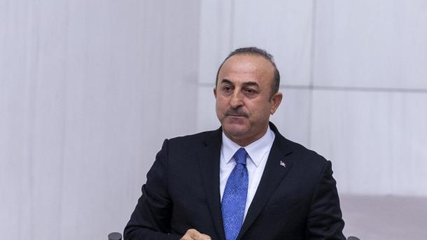 Cavusoglu: la Turquie a capturé le terroriste de Daech qui a donné la position d'al-Baghdadi