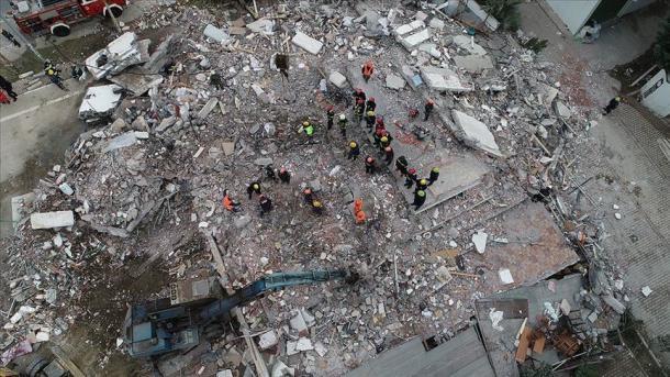 Tërmeti në Shqipëri - Pezullohet mësimi në disa qytete | TRT  Shqip