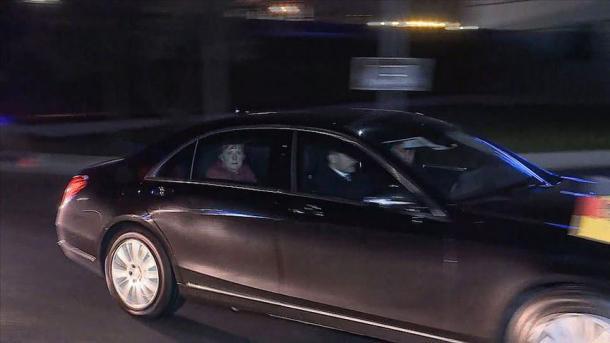 Kancelarja Merkel mbërriti në Stamboll | TRT  Shqip
