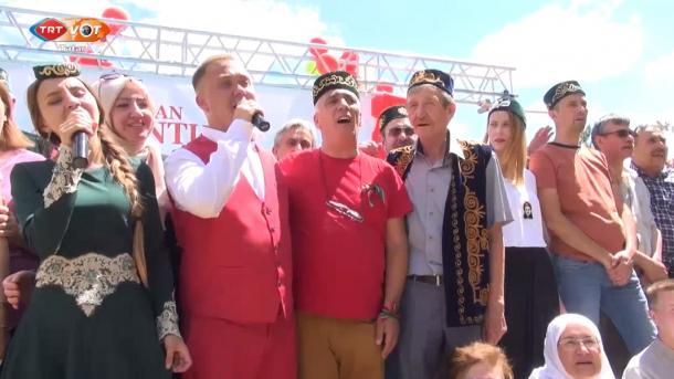 Törkiyädä tatar awılında Sabantuy   TRT  Tatarça
