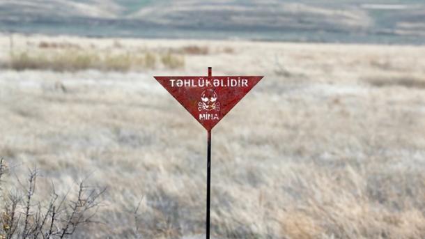 Një azerbajxhanas humbet jetën nga shpërthimi i minës armene   TRT  Shqip