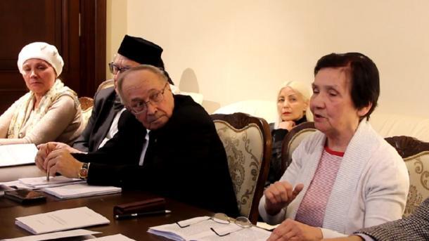 "Lena Gaynanovanıñ fikerläre: ""Şağıyr'neñ soñğı mäxäbbäte""   TRT  Tatarça"