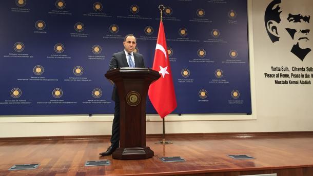 Turqia nuk e pranon vendimin e SHBA-së për emigrantët afganë: Le t'i marrë direkt me aeroplanë   TRT  Shqip