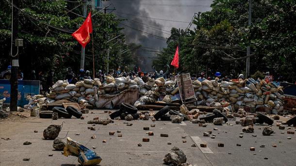 Mianmar – Numri i të vrarëve në protestat kundër grusht shteti arriti në 570 | TRT  Shqip