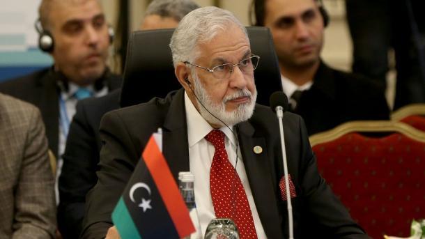 Libi – GNA: Rusia po bën presion mbi Haftarin për të nënshkruar marrëveshjen e armëpushimit | TRT  Shqip