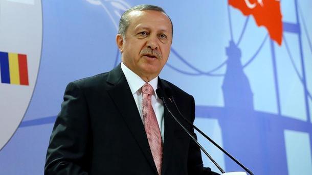 Erdogan: Pomoć koju šalje Zapad podijele teroristi ISIL-a i PYD-a