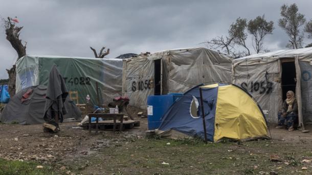 Ministri gjerman i skandalizuar nga kushtet në kampin e refugjatëve në Greqi | TRT  Shqip