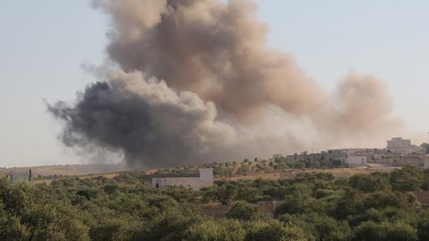 Izraeli godet dhjetëra pika ushtarake në territoret e Sirisë | TRT  Shqip