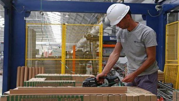 Turqia siguron 572,5 milionë dollarë të ardhura nga eksporti i qeramikës | TRT  Shqip