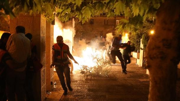 Turqia dënon me forcë sulmin e forcave izraelite në xhaminë Al-Aksa në Palestinë   TRT  Shqip