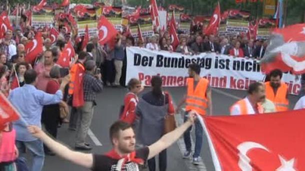 Turci se pripremaju za veliki protestni miting u Berlinu