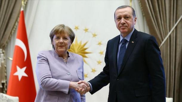 Merkel viziton Turqinë   TRT  Shqip