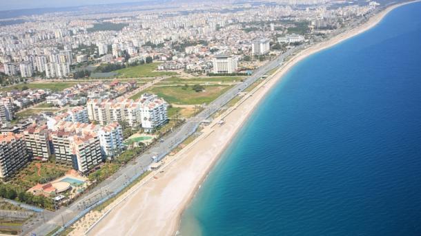 Antalia në 2 javët e para të nëntorit mirëpriti 80 mijë turistë të huaj | TRT  Shqip