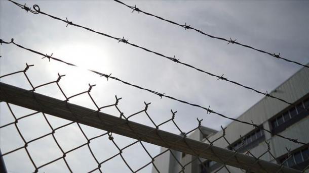 Jemen – Huthitët sulmojnë burgun qendror në Taiz, vriten 5 gra dhe plagosen 28 të tjera | TRT  Shqip