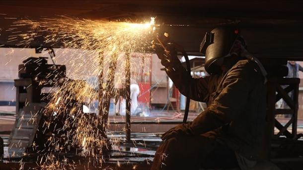 Turqi - Indeksi i prodhimit industrial në dhjetor 2020 shënoi rritje vjetore me 9%   TRT  Shqip