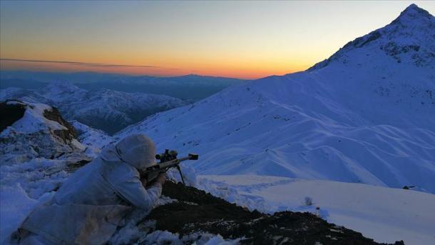 Forcat turke neutralizuan 3 terroristë të PKK-së në veri të Irakut | TRT  Shqip