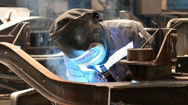 Indeksi i prodhimit industrial në Turqi shënoi rritje me 10,4 për qind | TRT  Shqip