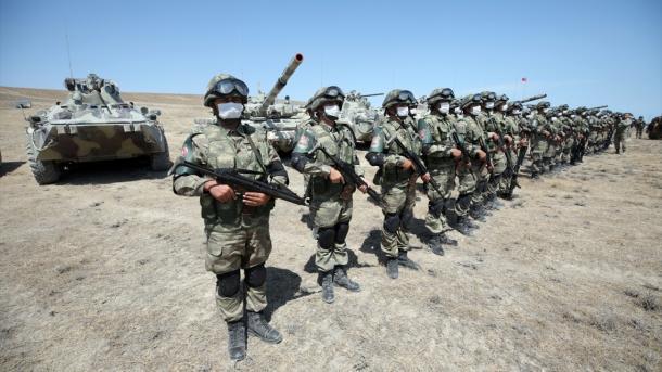 Ushtria armene vazhdon të pësojë humbje të mëdha, Azerbajxhani zotëron avantazh në fronte | TRT  Shqip