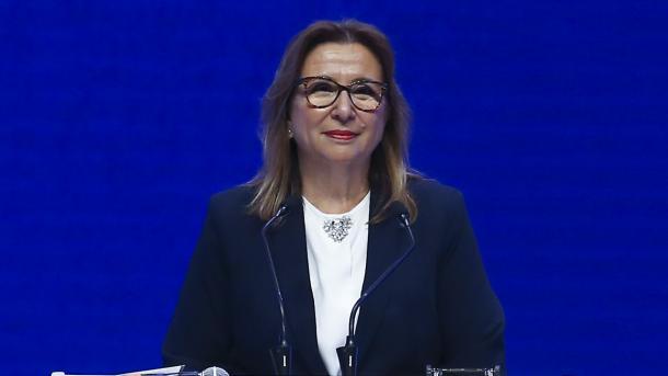 Pekcan përshëndet vendimin e ShBA-së për importin e çelikut | TRT  Shqip