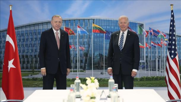 Analiza e javës: Samiti i NATO-s dhe marrëdhëniet turko-amerikane | TRT  Shqip