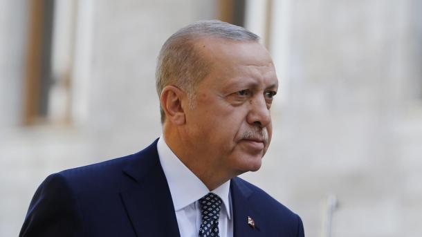 Erdogan: YPG/PKK-ja ka filluar tërheqjen nga veriu i Sirisë   TRT  Shqip