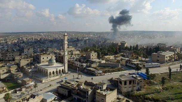 Siri – Forcat e regjimit të Esadit përparojnë nga toka në juglindje të Idlibit | TRT  Shqip