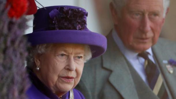 Londër – Mbretëresha miraton draftin që parandalon Brexit-in pa marrëveshje   TRT  Shqip