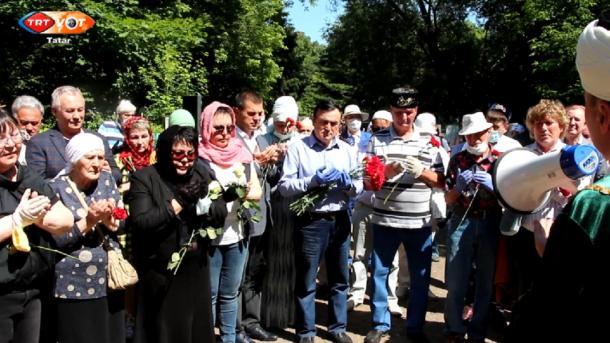 Tatarnıñ danlıqlı cırçısı Älfiyä Avzalova iskä alındı | TRT  Tatarça